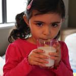 Las princesas toman leche