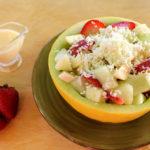 Ensalada de frutas con queso
