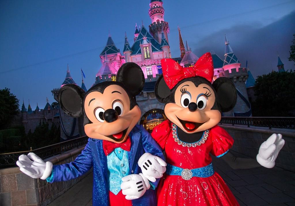 Mickey-and-Minnie-Aniversario-Diamante-Disneyland
