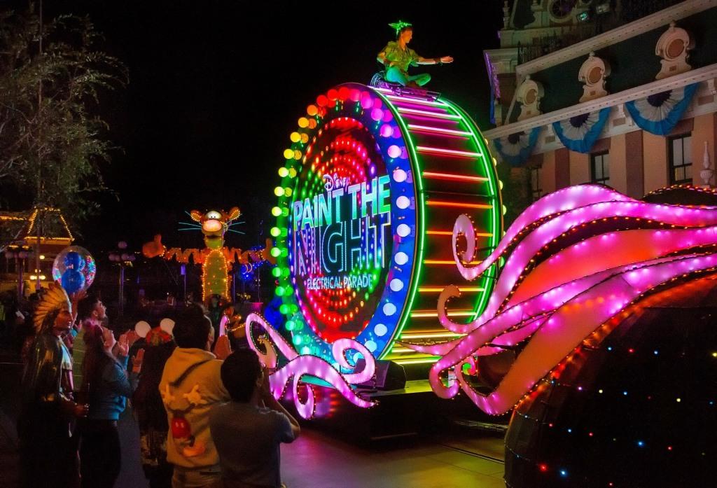 Paint the Night aniversario diamante de Disneyland