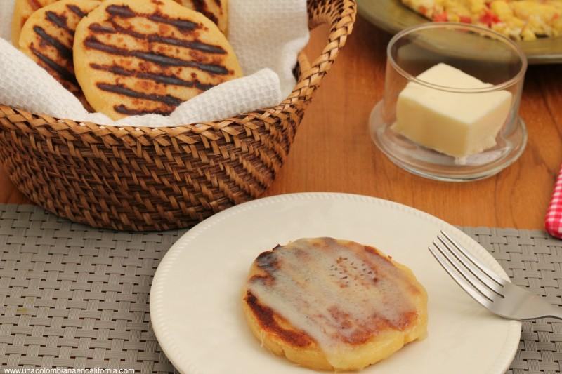 Arepas con queso colombia