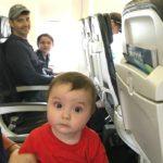 Qué llevar cuando se viaja con bebés en avión
