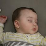 Rutina de 3 pasos para dormir al bebé