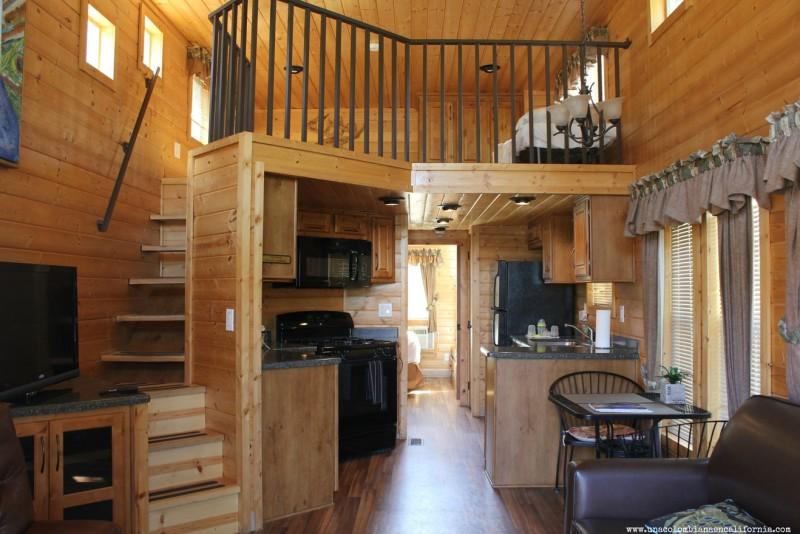 cabanas-ventura-ranch-koa-deluxe-cabin