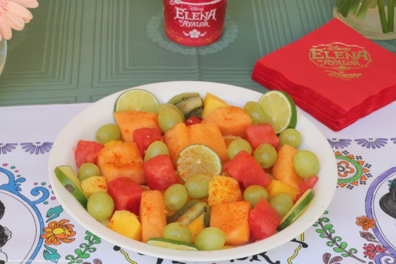 elena-of-avalor-fiesta-fruta-con-chile