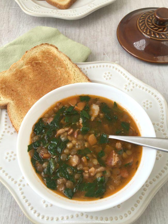 Sopa De Lentejas Espinacas Y Tocineta Unacolombianaencalifornia Com