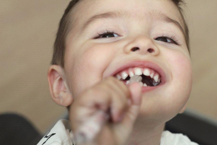 El cuidado de los dientes de los bebés