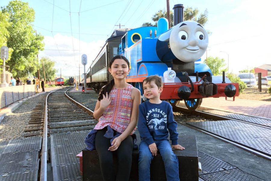 Un Día Con Thomas Y Sus Amigos Unacolombianaencalifornia Com